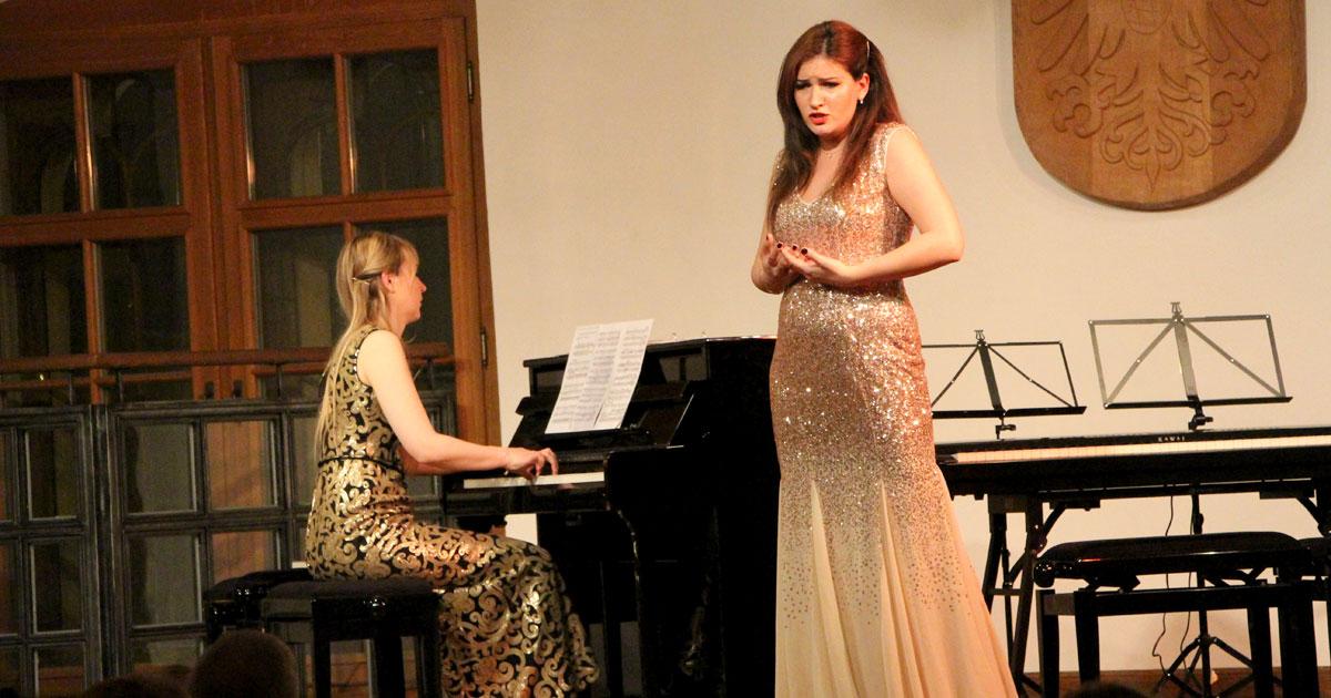 Meghan Behiel, Anna Tsartsidze