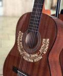 Auf zum spontanen Gitarrengig in die Altstadt!