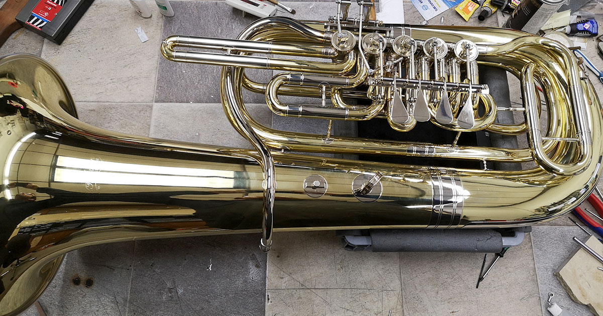 Nachgerüstete Tuba.