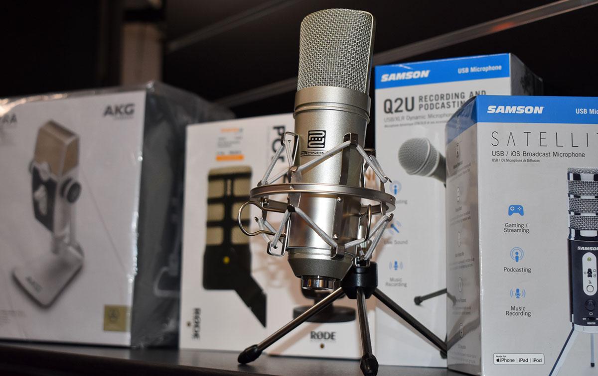 Pronomic USB-M 910 Poccast-Mikrofon und andere Podcast-Mikrofone.