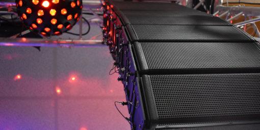 Pronomic V-Array: ultrageiles, supermodulares, megakompaktes PA-System!