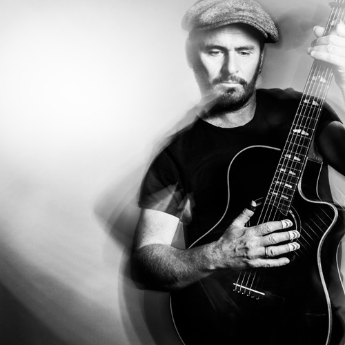 Am 20. Oktober 2015 ist der Gitarrist, Sänger und Songwriter Dave Goodman zu Gast im Musikhaus Kirstein.