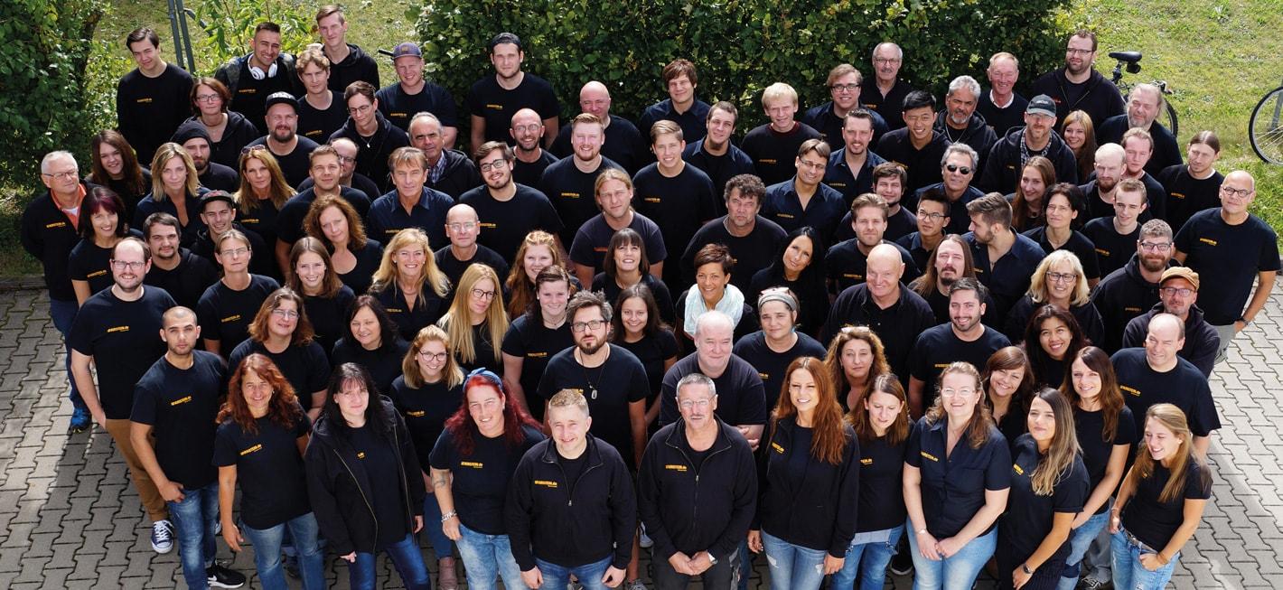 Gruppenbild Mitarbeiter Musikhaus Kirstein
