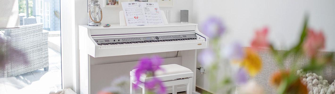 Schönes Digitalpiano für zu Hause.