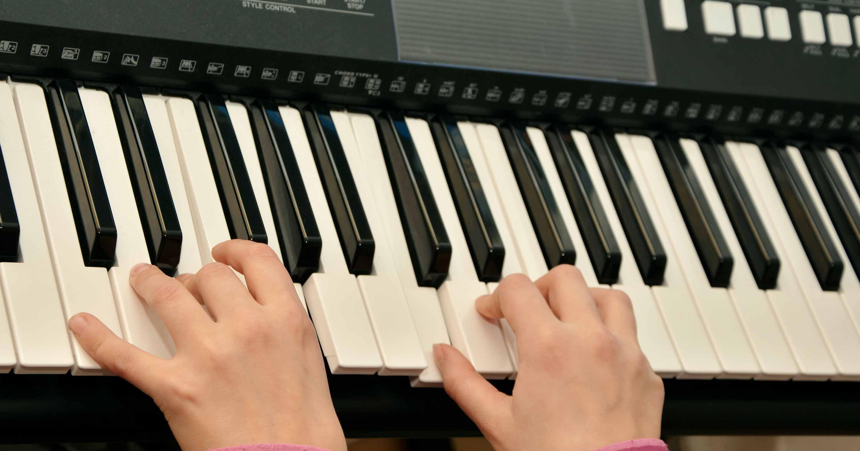 Welche Digitalpianos sind für Kinder geeignet?