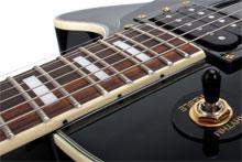 Kirstein Onlineratgeber Gitarre/Bass: Hals, Saitenlage und Oktavreinheit einstellen.