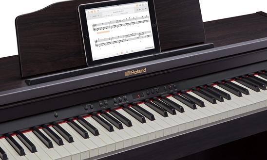 Roland RP501R Digitalpiano