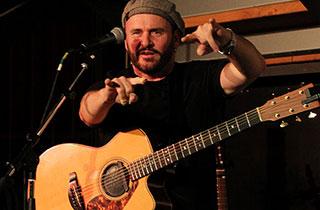 Dave Goodman live im Schongauer Brauhaus.