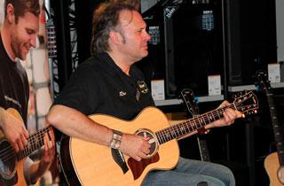 Taylor Road Show 2015 im Musikhaus Kirstein
