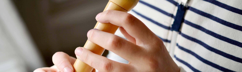 Blockflöten sind tolle Erstinstrumente für Kinder.