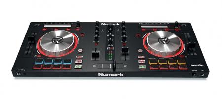 Numark Mixtrack Pro 3  - Retoure (Zustand: sehr gut)