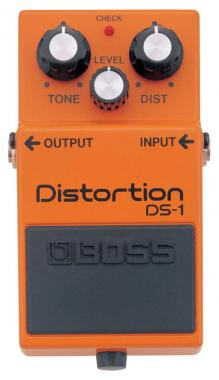 Boss DS-1 Distortion DISTORSORE A PEDALE ds1