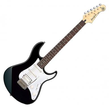 Yamaha Pacifica 012 E-Gitarre (Black) - gebraucht (sehr gut)