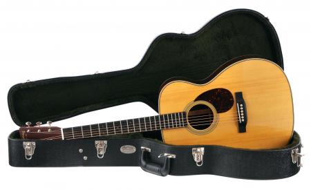 Martin Guitars OM-28 Adirondack