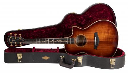 Taylor K22ce V-Class Westerngitarre