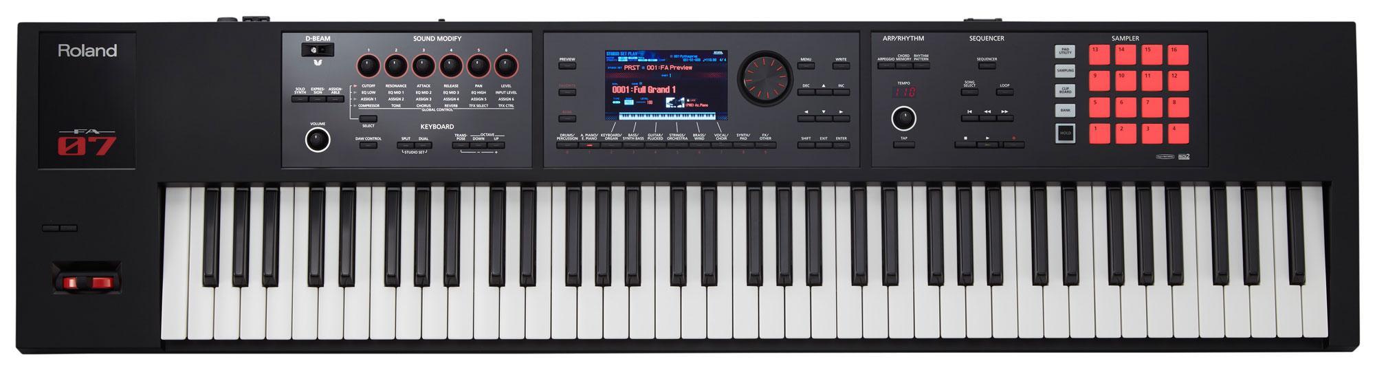 Roland FA 07 Synthesizer Workstation