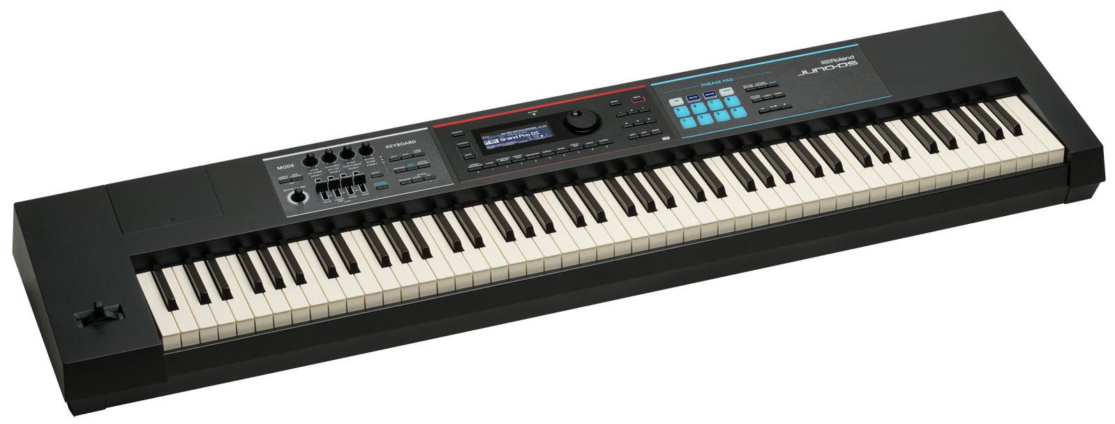 Roland Juno DS 88 Synthesizer