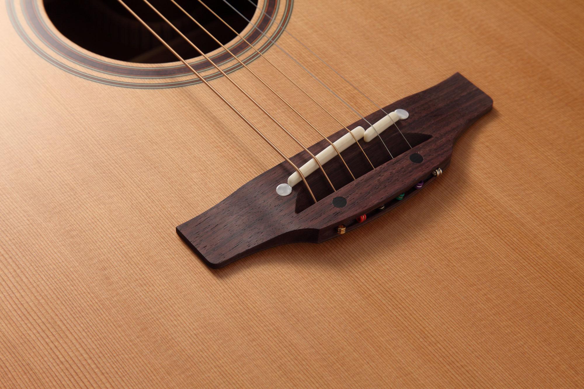 Takamine CT4BII Preamp für Westerngitarre Vorverstärker Tuner 3-Band-EQ Cinch