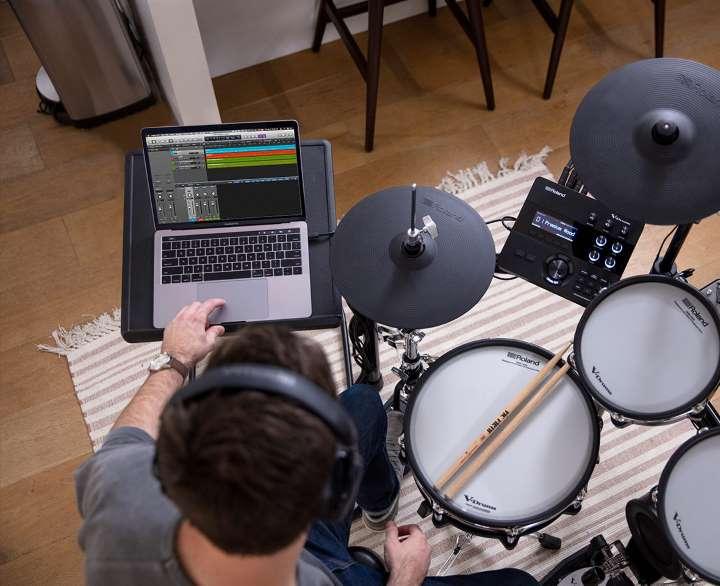 Vielseitige Anschlüsse für den Live- und Studioeinsatz
