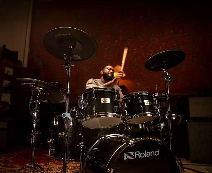 Ein immersives akustisches Schlagzeug-Erlebnis