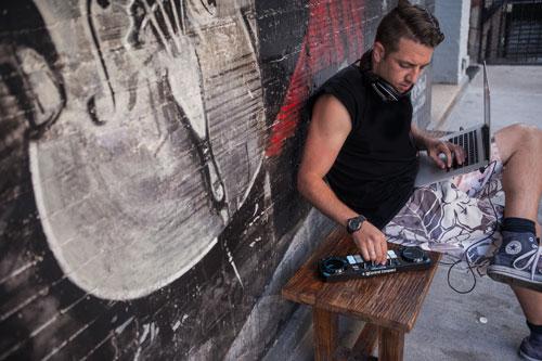 Hercules DJ Control Compact