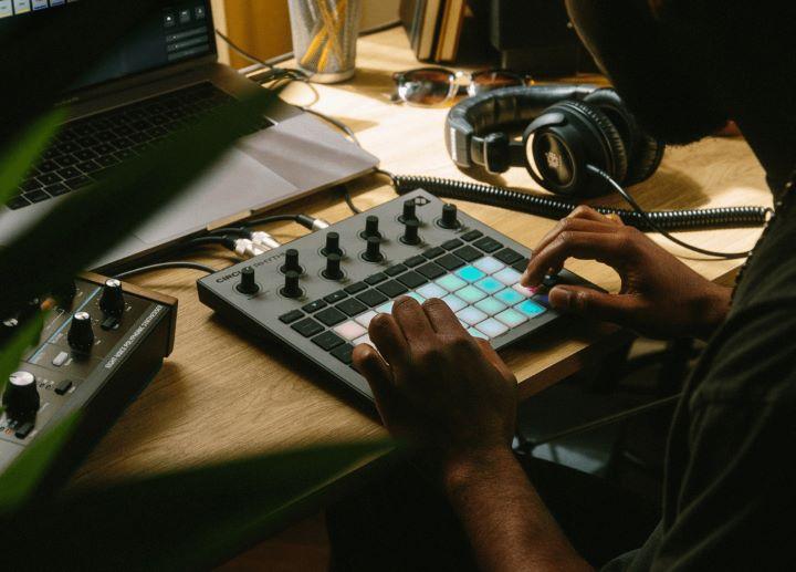 Novation Circuit Rhythm Bild 2