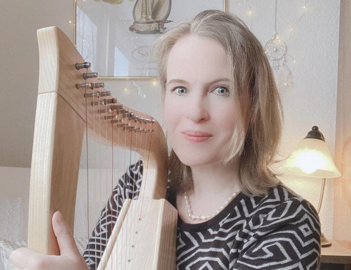 Kristine Warmhold und ihr Härflein